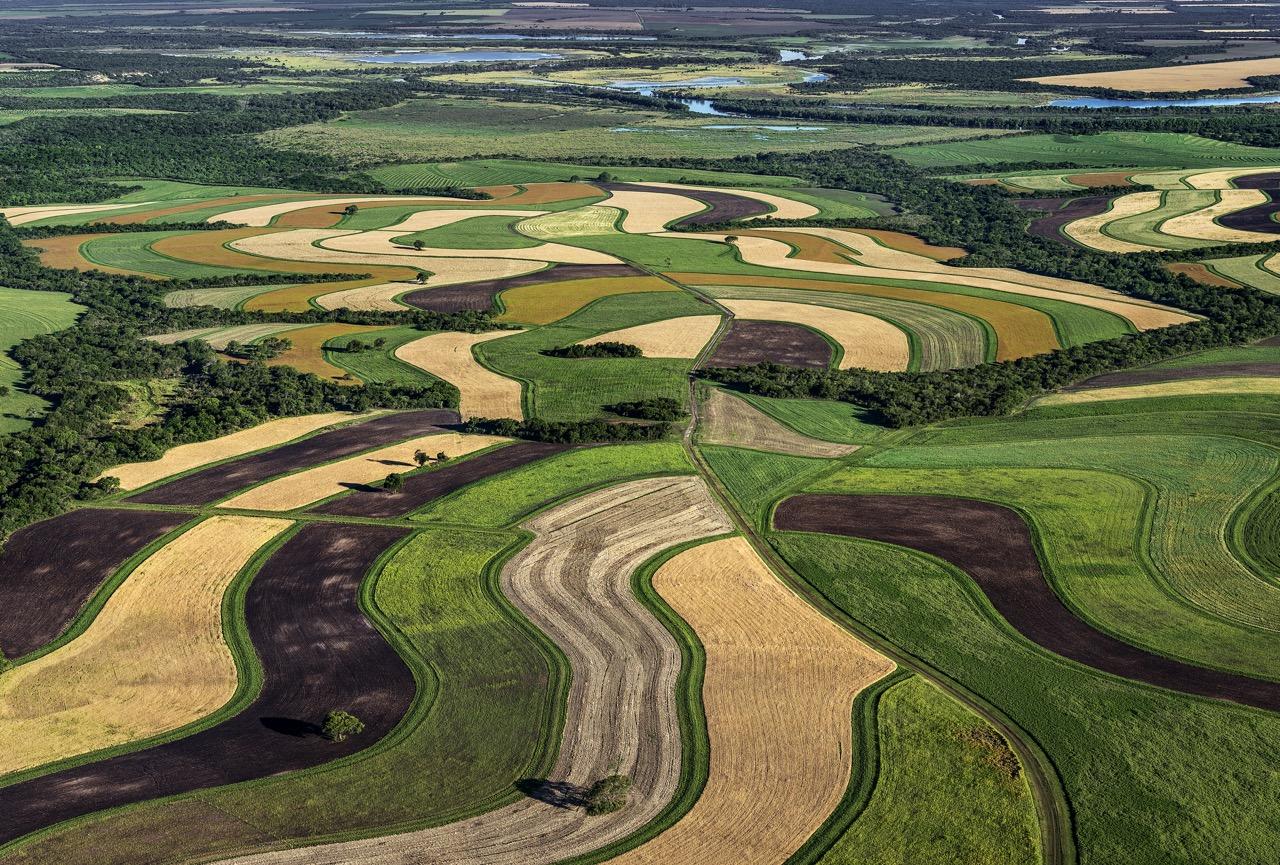 """Am 18.06.2020 startet die neue Webinar-Reihe """"Aufbauende Landwirtschaft"""" mit einem Sommer-Spezial »Wasser in der Land(wirt)schaft«"""